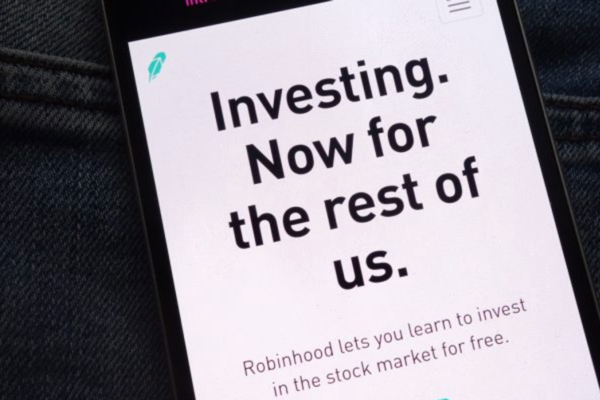 Robinhood Raises $323 Million From DST, Sequoia, and Ribbit Capital
