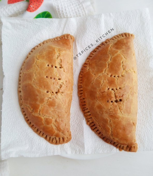 Healthy Nigerian Meat Pie Recipe How To Make Nigerian Meat Pie With Stove Nigerian Health Blog