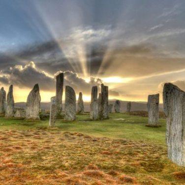 Iskoçya_https://en.wikipedia.org/wiki/Callanish_Stones