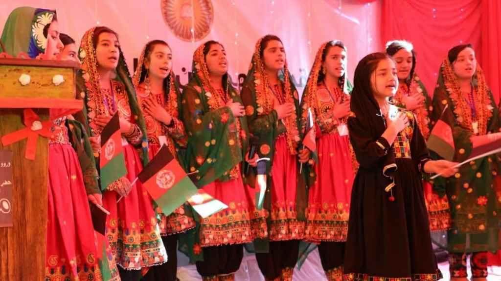 طی دو دهه اخیر ساز و سرود در معارف افغانستان نقش پررنگی داشت