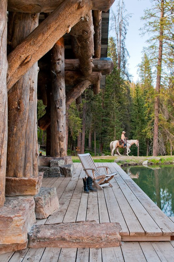 Chic Vacation Cabin In The Woods