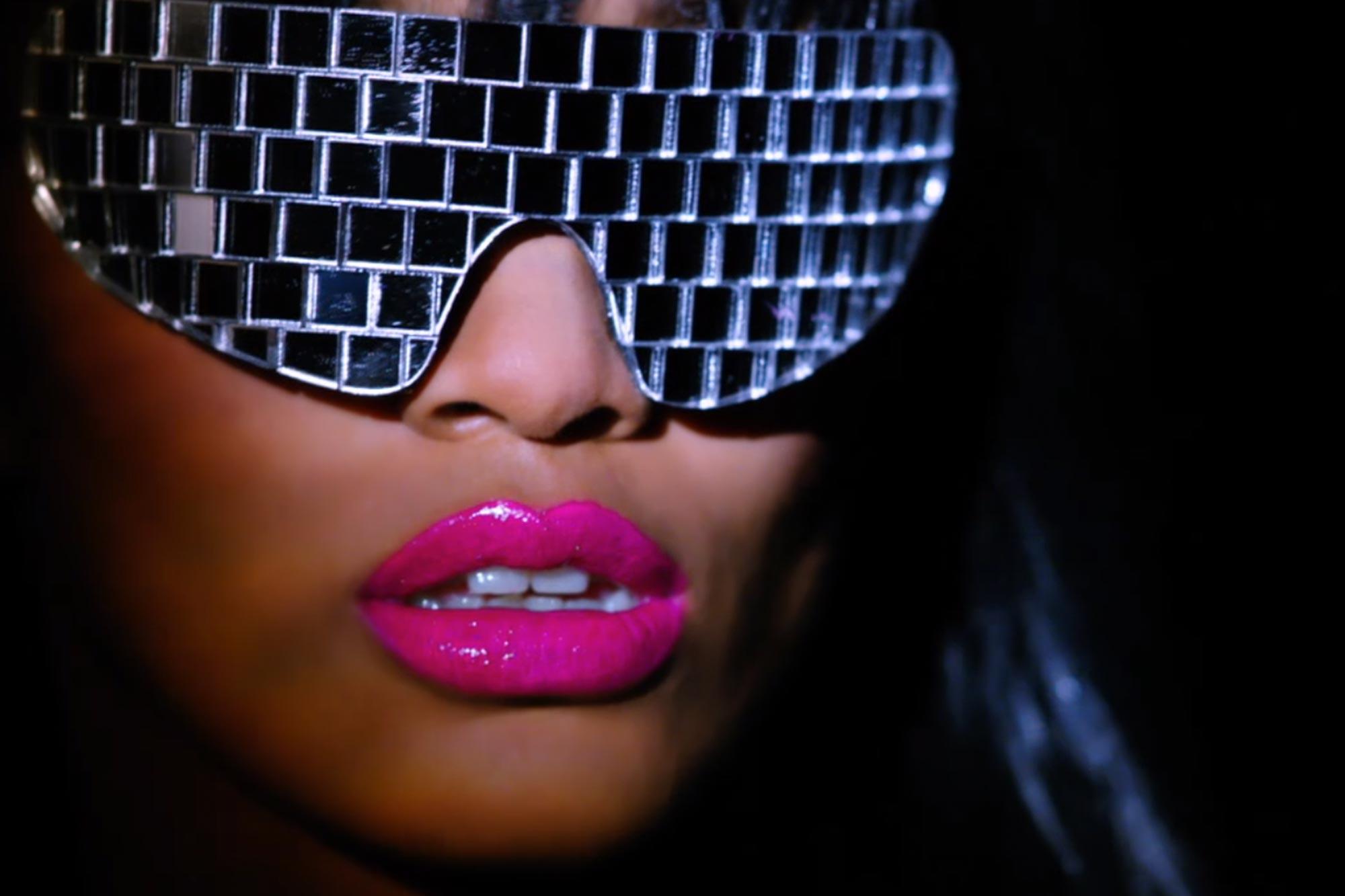 VH1 — Divas