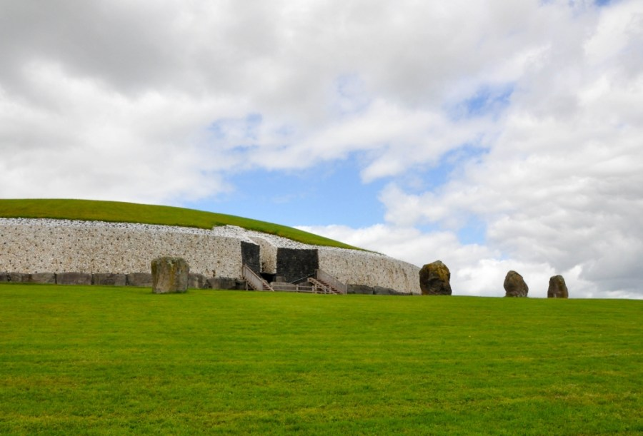 Ireland Day trip from Dublin to Newgrange
