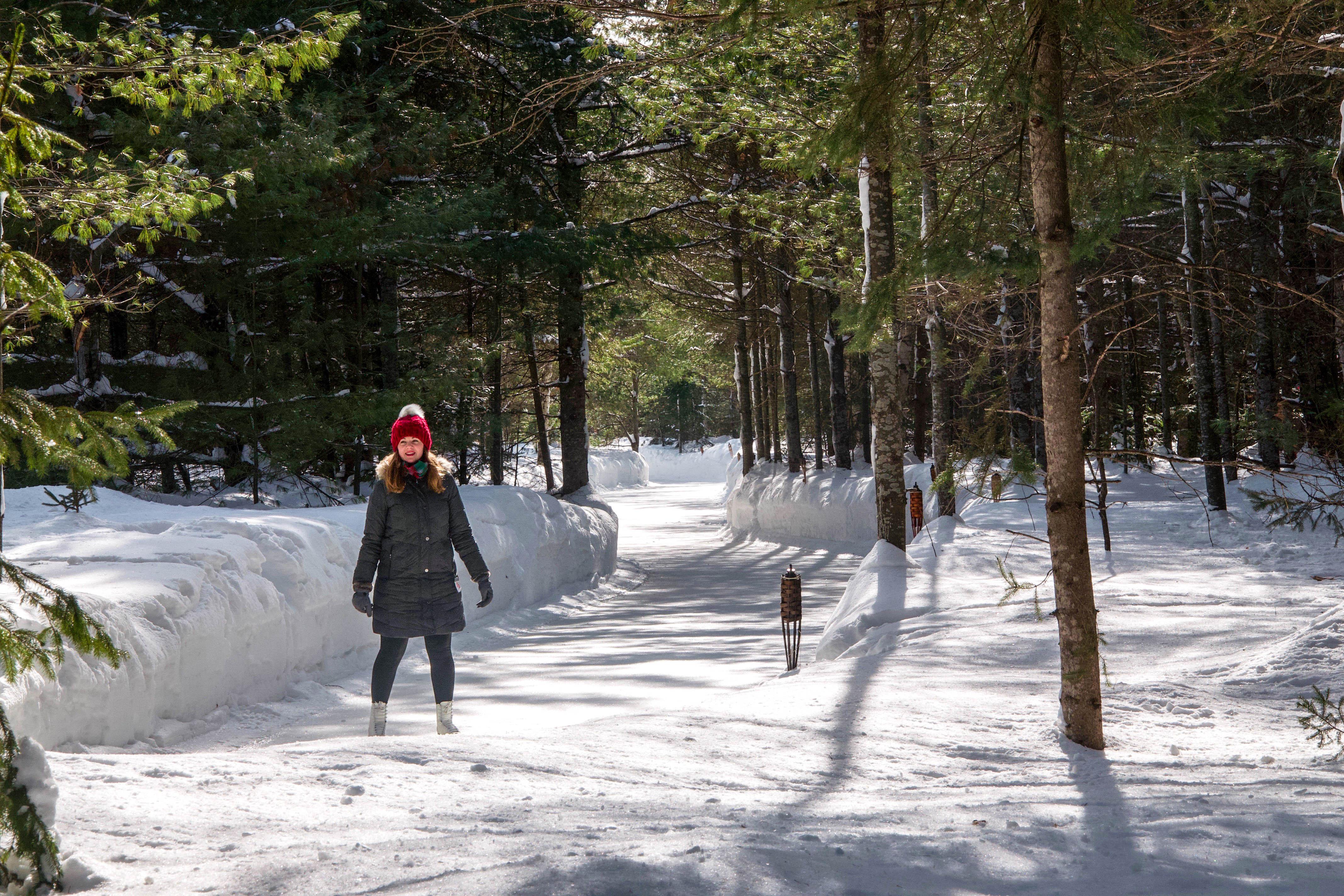 14 Spectacular Winter Getaways in Ontario and Quebec