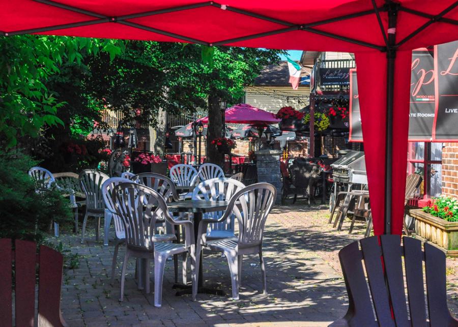 Restaurants in Manotick