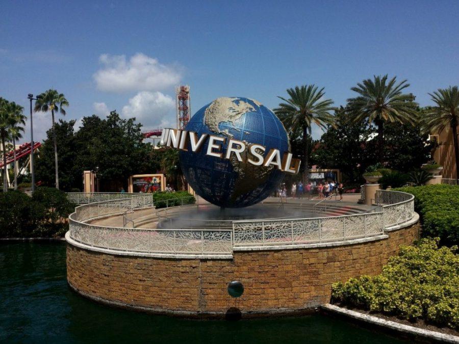 Universal Orlando Sign