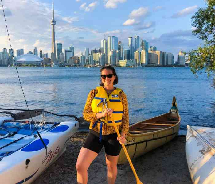 Sunset Canoe Tour of the Toronto Islands