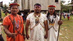 Las nacionalidades indígenas piden atención médica y pruebas de covid-19 para evitar que se propague la enfermedad en sus territorios, pero el gobierno ecuatoriano tarda en dar respuesta.