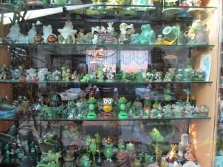 Frog collection in Zur Warte