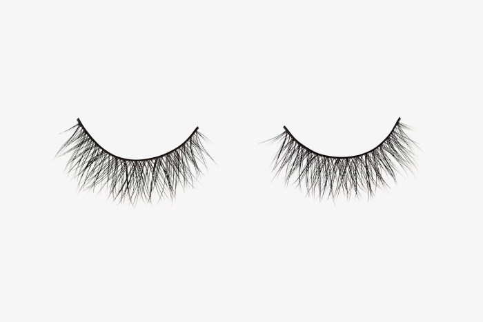 Ella Mink Lashes, two false eyelashes side by side on grey background