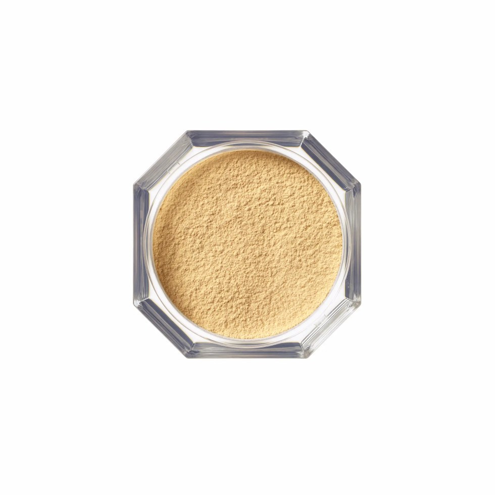 FB Pro Filt'r Instant Retouch Setting Powder - Banana - AED 158