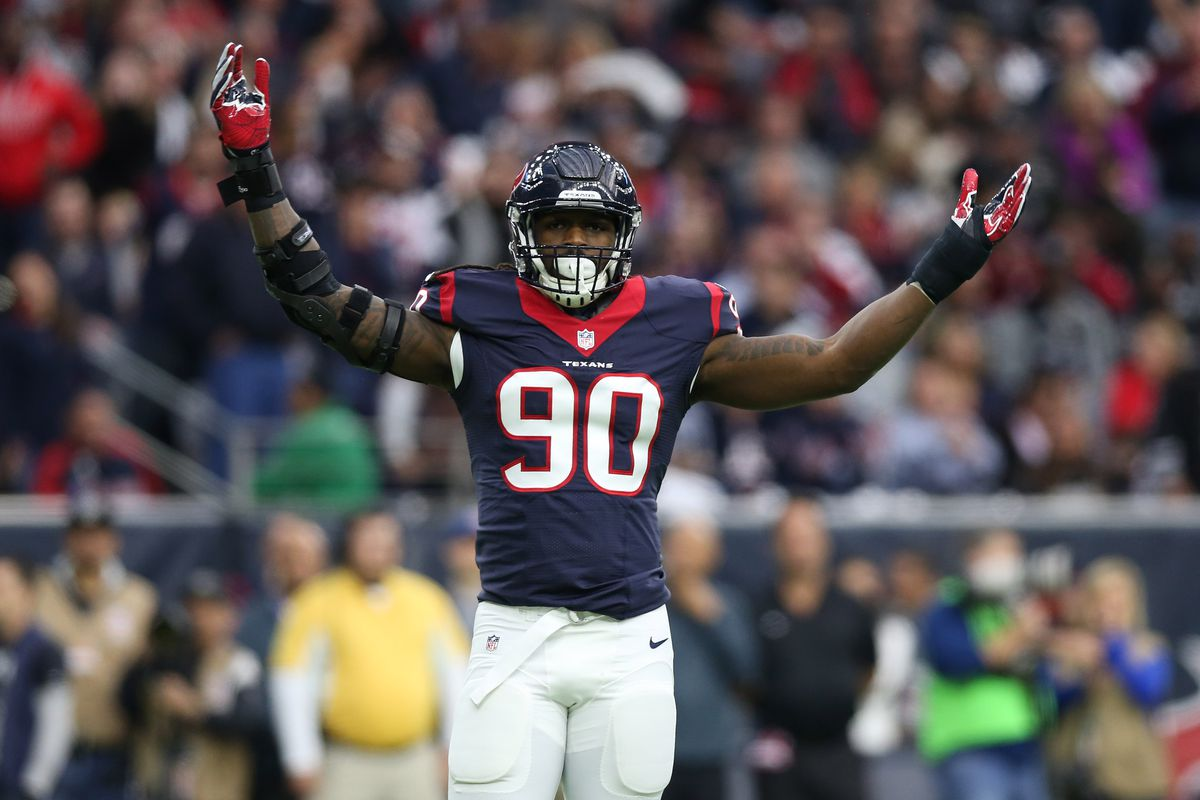 Jadeveon Clowney Receives Franchise Tag