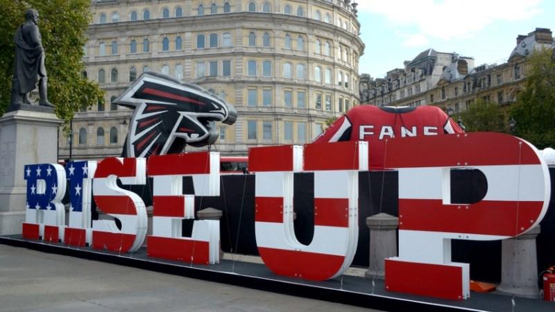Atlanta Falcons in Trafalgar Square 2014