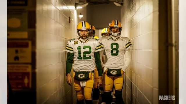 Aaron Rodgers (12) walking out the tunnel