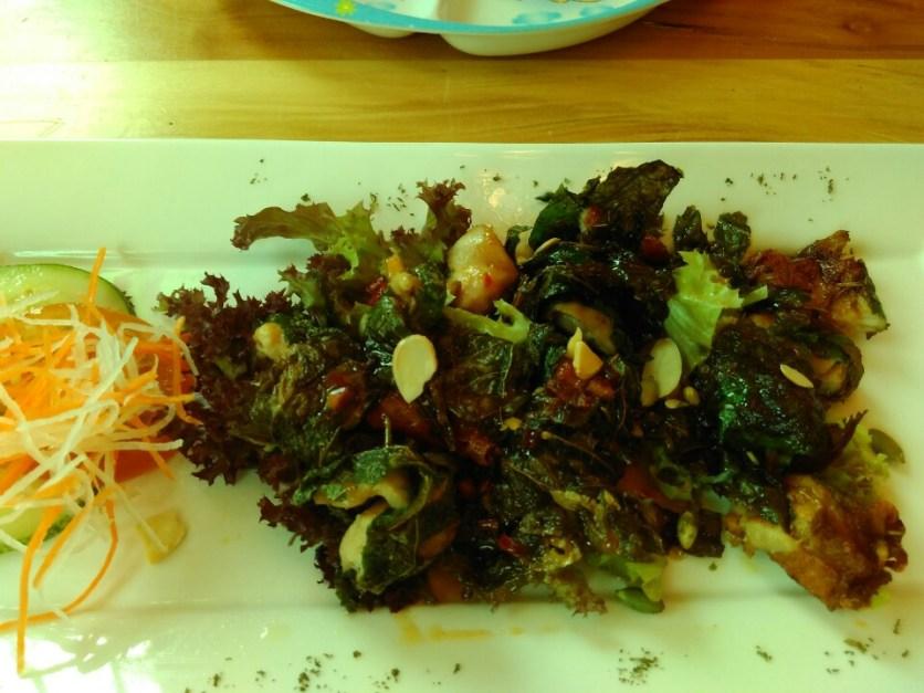 Fried chicken in kaduk leaves