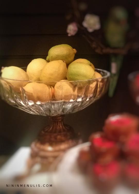 cara menghilangkan jerawat secara alami dengan lemon
