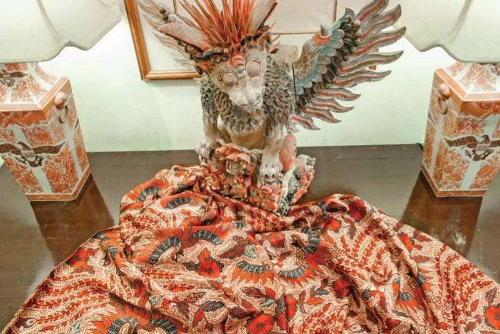 batik iwan tirta
