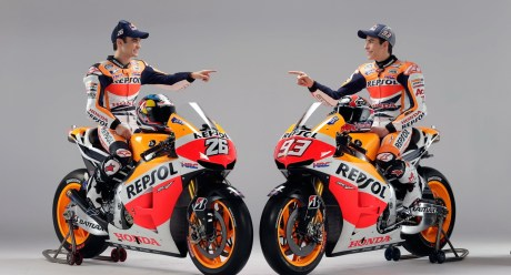 honda motogp 2013 CBR 150R Repsol Edition New Livery 2014 . . . Ada Versi Carbon Look Juga?