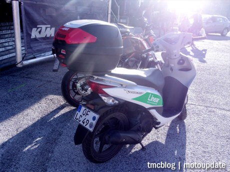 Misano_paddock_scooter_1b