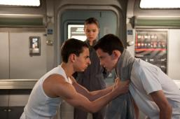 still-of-moises-arias,-asa-butterfield-and-hailee-steinfeld-in-enders-game-(2013)-large-picture