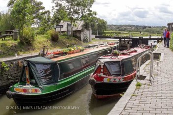 Do what the locals do, canal cruising across England with this long canal boat