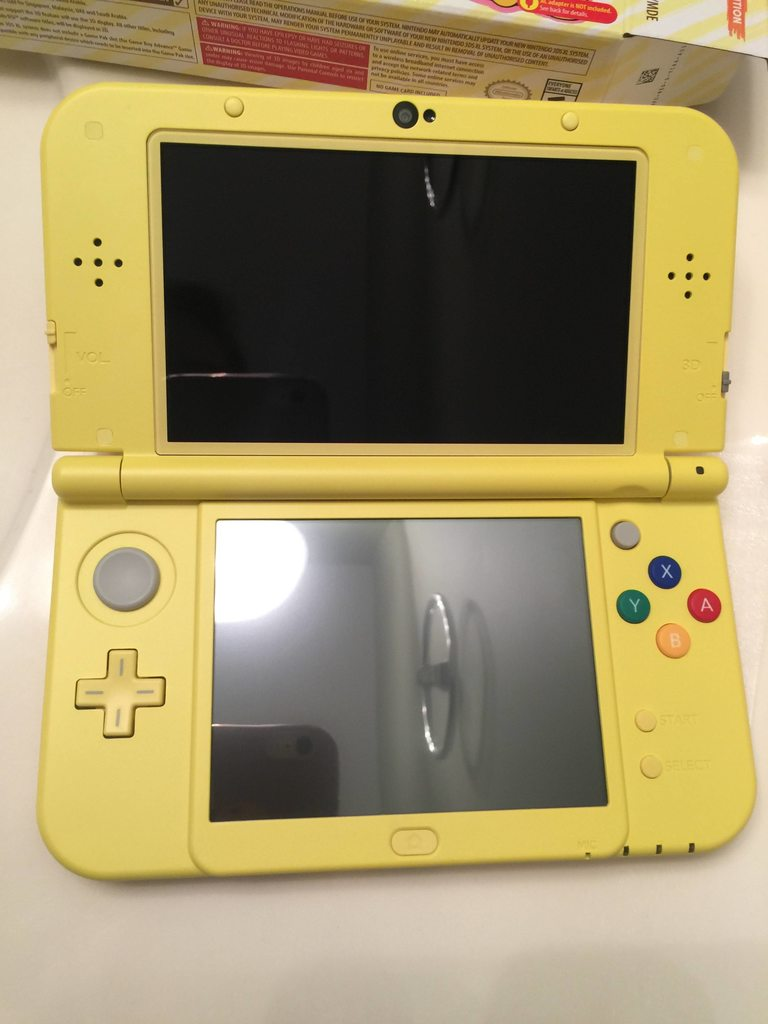 Photos Of The Pikachu Yellow Edition New 3DS XL Nintendo