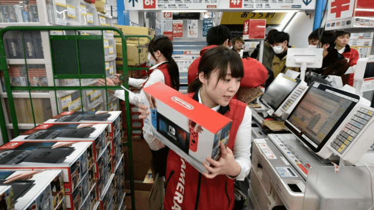 South Koreans Went Into A Mad Frenzy Over Nintendo Switch Consoles Before Children's Day 9