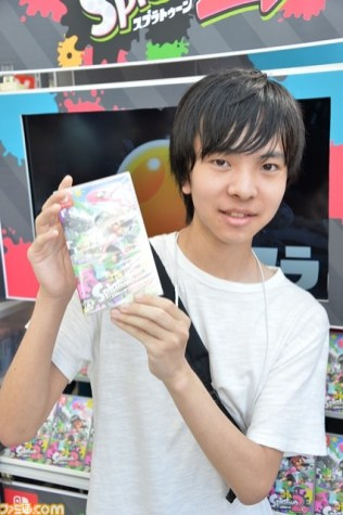 splatoon_2_japan_launch_famitsu_photo_8