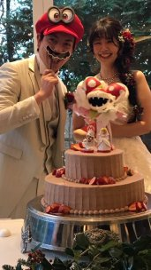 japanese-couple-marriage-super-mario-odyssey-photo-3