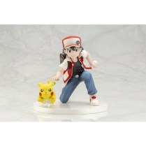 pokecen-trainer-red-and-pikachu-figure-colored-photo-2