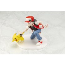 pokecen-trainer-red-and-pikachu-figure-colored-photo-5