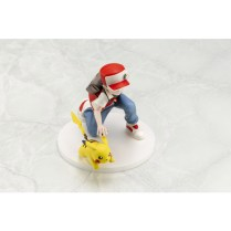 pokecen-trainer-red-and-pikachu-figure-colored-photo-6