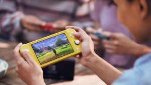 Nintendo Switch Lite, Yellow
