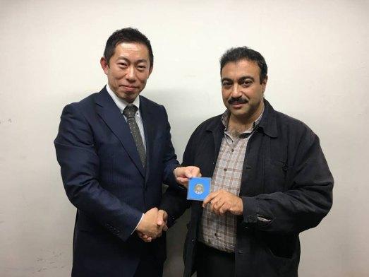 مع النقيب ريوجي هياشي مدير العلاقات العامة في خفر السواحل