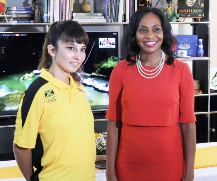 شورنا كاي إم ريتشاردز مع تيجانا في سفارة جامايكا في طوكيو   عبر كيودو
