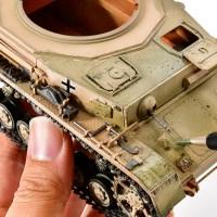 プラモ界の伝説の箱絵の砂漠色でフィルタリングする!/アフリカと俺 2021 「タミヤ ドイツIV号戦車G型初期生産車」