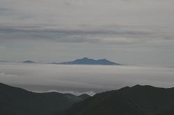雲海に浮かぶ国後