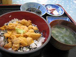 漁師の店ののウニ丼 1500円