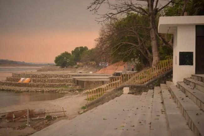 Ganga Ghat Near Saptrishi Ashram