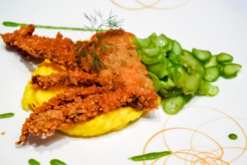 Crab on a bed of polenta with an asparagus aside