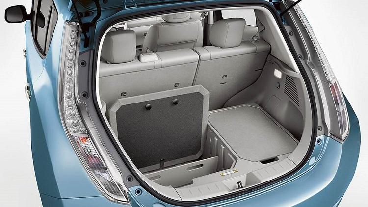 2015 Nissan Leaf rear view