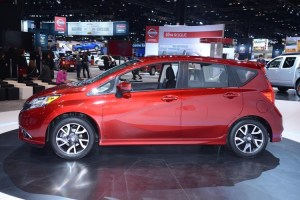 2015 nissan note side view