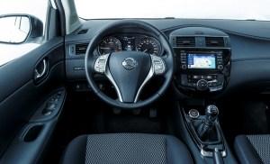 2018 Nissan Pulsar dashboard