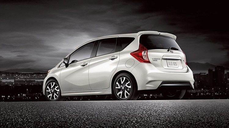2018 Nissan Note rear view