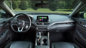 2022 Nissan Altima interior