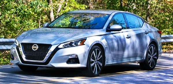 New 2022 Nissan Altima Platinum