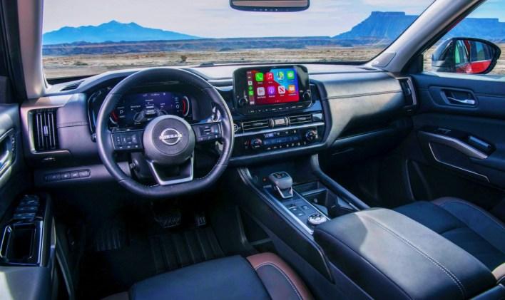 2023 Nissan Pathfinder Platinum Interior