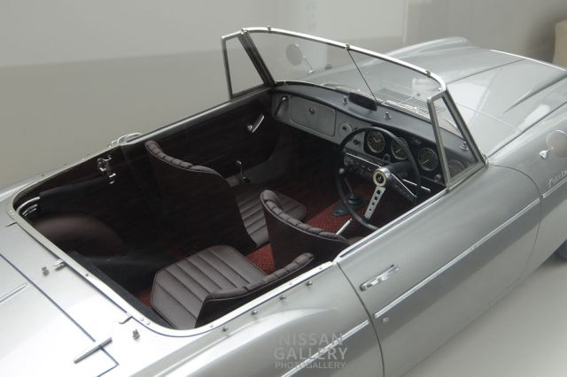 フェアレディ1500のモデルカー