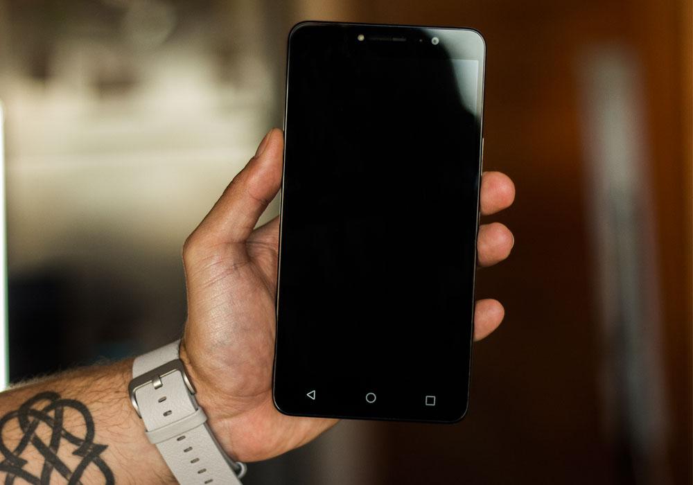 Alcatel A3 XL una-gran-pantalla-a-un-pequeno-precio-portada