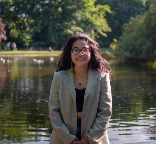 Naomi Belotindos